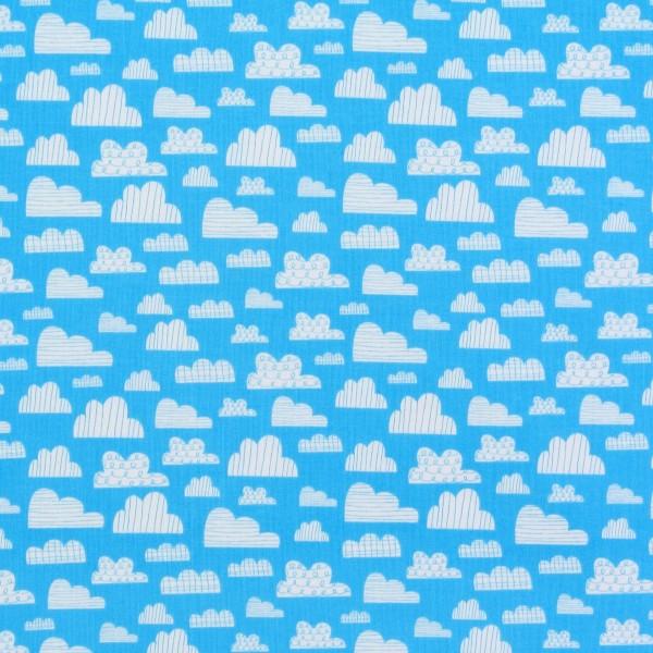 On the Go auf kleine Wolken auf Hellblau